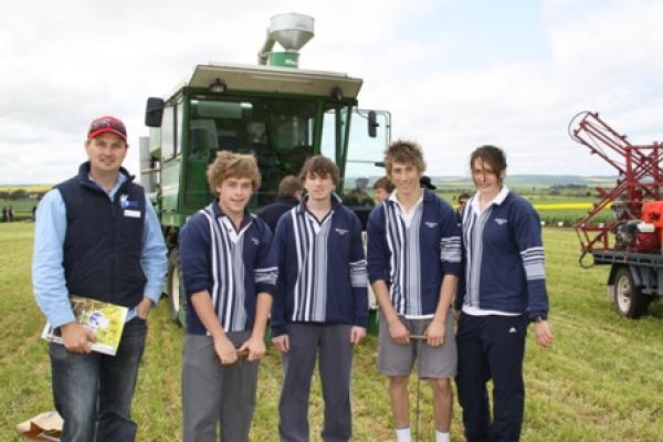 Justin Wundke, Hart with a group of Balaklava High School ag students